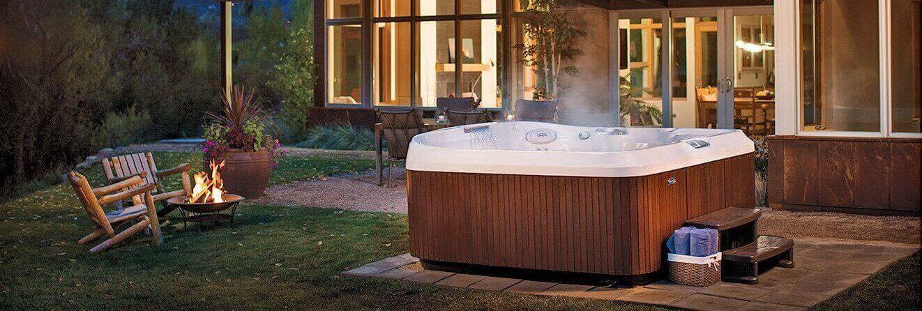 Exterior hot tubs - ProPatio
